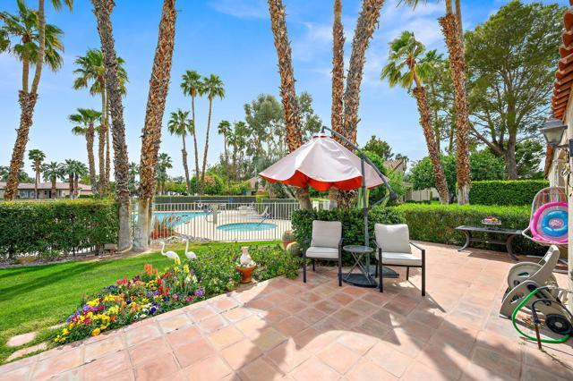 369 Wimbledon Drive, Rancho Mirage CA: http://media.crmls.org/mediaz/65C0DB72-FB6D-4C49-B9F4-A75B0A9354DD.jpg