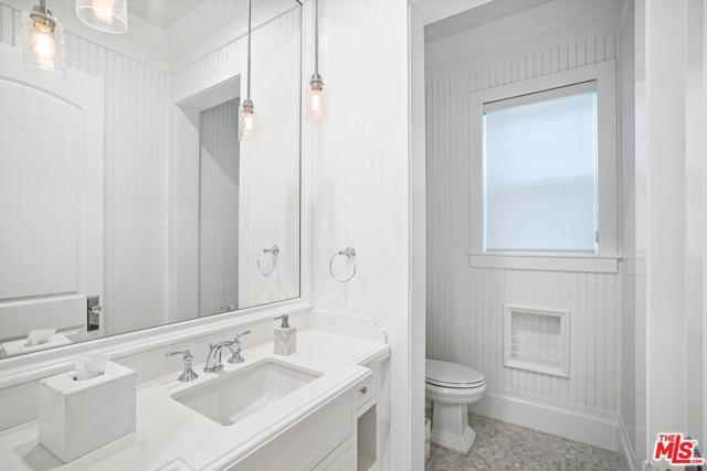 4053 Laurelgrove Avenue, Studio City CA: http://media.crmls.org/mediaz/65D8BACD-5E10-4962-A313-D1C9CADE668A.jpg