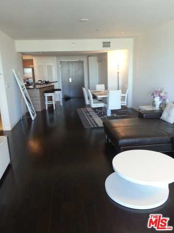 Condominium for Rent at 3785 Wilshire Los Angeles, California 90010 United States