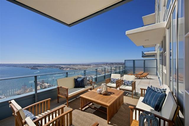 1388 Kettner Blvd., San Diego CA: http://media.crmls.org/mediaz/66108E34-890C-4749-9631-96FF2AA382C2.jpg