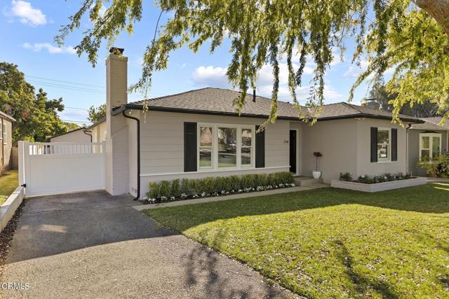 1738 N Roosevelt Avenue, Altadena CA: http://media.crmls.org/mediaz/6647C74F-23FE-4325-B2C3-2088ED2841DB.jpg