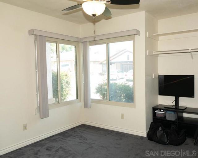 10620 Villa Bonita, Spring Valley CA: http://media.crmls.org/mediaz/66634023-953c-4f55-80f6-2a92305b52a8.jpg