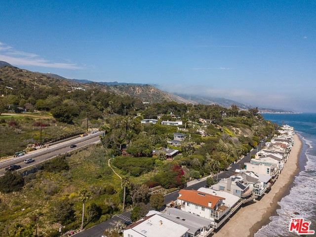 27070 MALIBU COVE COLONY Drive  Malibu CA 90265