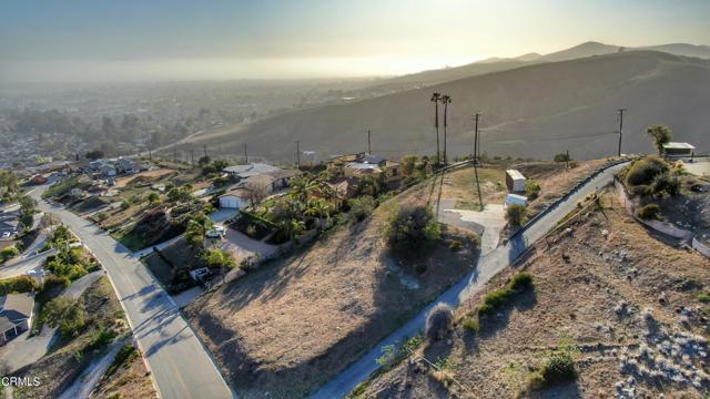 661 Via Cielito, Ventura CA: http://media.crmls.org/mediaz/672EB496-04EC-4A52-B3D9-C5748CBE4037.jpg