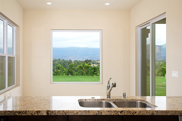 30835 Hilltop View Court, Valley Center CA: http://media.crmls.org/mediaz/680A64B5-5362-4ECB-AC04-09A790230FA2.jpg