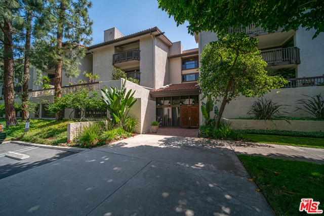 8515 FALMOUTH Ave 214, Playa del Rey, CA 90293
