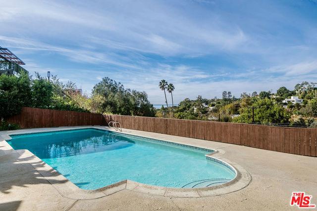 547 STASSI Lane #  Santa Monica CA 90402