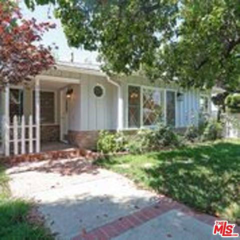 Photo of 5307 DON PIO Drive, Woodland Hills, CA 91364