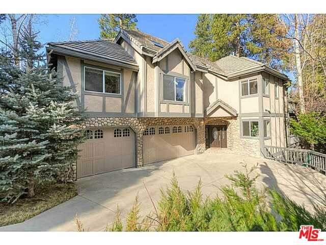 Photo of home for sale at 27603 MEADOW BAY Drive, Lake Arrowhead CA