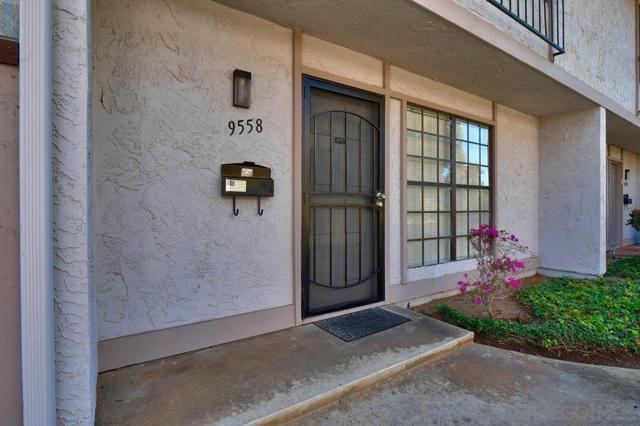 9558 Easter way, San Diego CA: http://media.crmls.org/mediaz/68C607E1-38A9-4FB6-AE3F-47480B471018.jpg