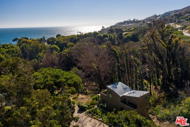31894 SEA LEVEL Drive #  Malibu CA 90265
