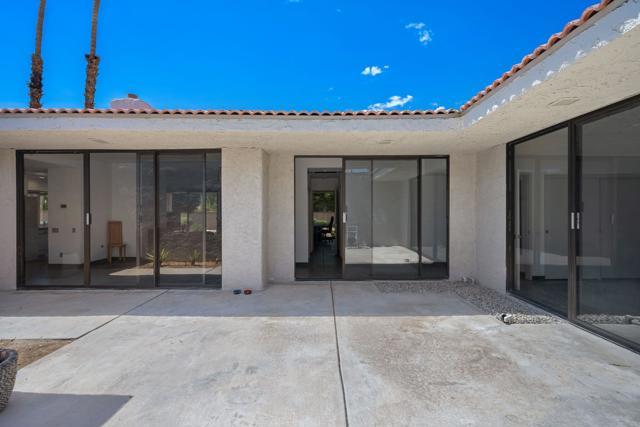 78181 Lago Drive, La Quinta CA: http://media.crmls.org/mediaz/68F8088E-74DE-4499-B08B-8B8D1D99CA9D.jpg