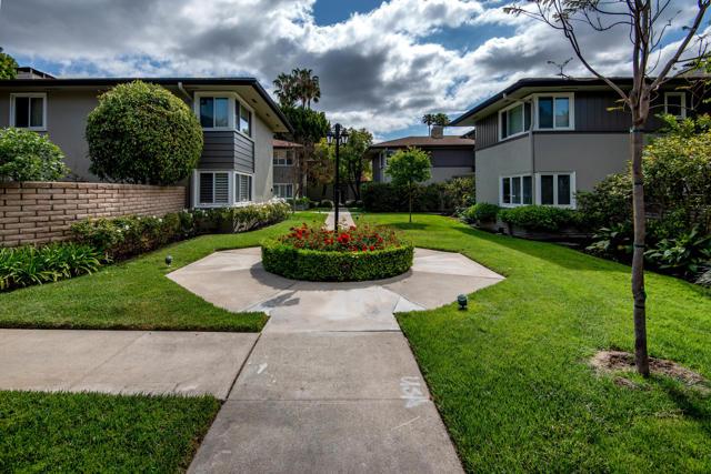 960 S Orange Grove Boulevard, Pasadena CA: http://media.crmls.org/mediaz/699D36D7-C4F9-4D39-92DD-2E6FC2E10A33.jpg