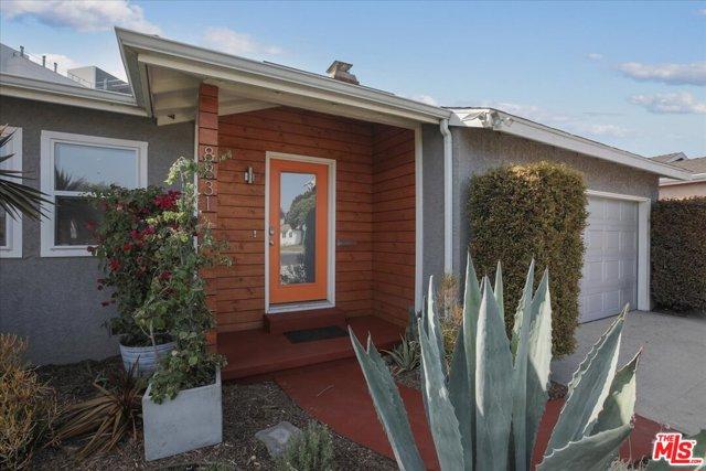 8831 Kittyhawk Ave, Los Angeles, CA 90045