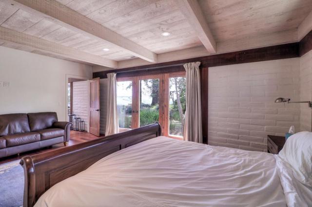 500 El Caminito Road, Carmel Valley CA: http://media.crmls.org/mediaz/69CFD9F1-8F45-4904-871A-059511D78F16.jpg