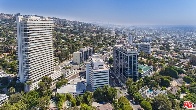 Condominium for Sale at 9255 Doheny Road West Hollywood, California 90069 United States
