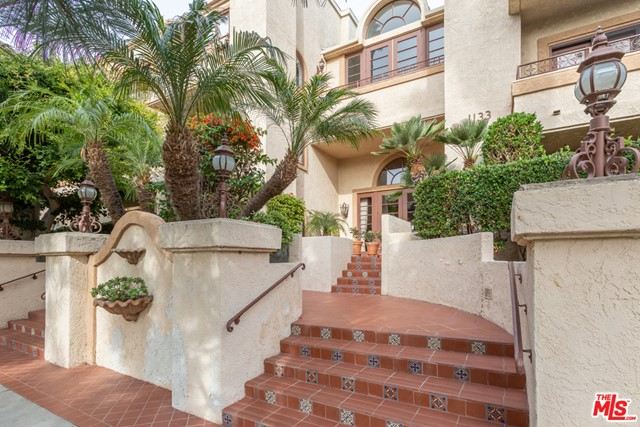 1133 9th St 206, Santa Monica, CA 90403