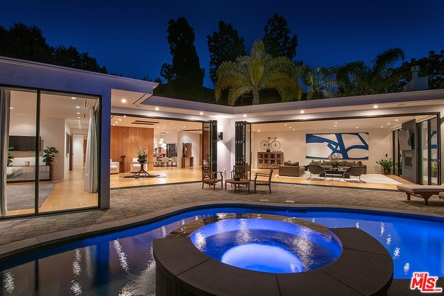 Photo of 9565 CHEROKEE Lane, Beverly Hills, CA 90210