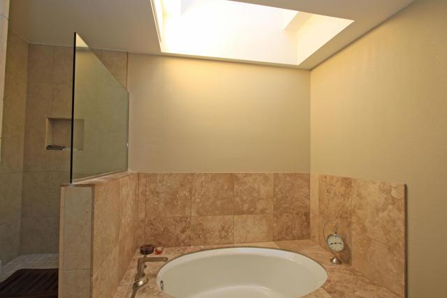 743 Inverness Drive, Rancho Mirage CA: http://media.crmls.org/mediaz/6A330967-AFEC-4A8E-9405-8C4AA47E91CB.jpg
