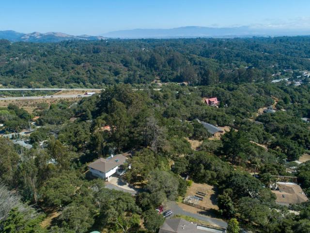 19080 Oak Heights Drive, Salinas CA: http://media.crmls.org/mediaz/6B586D08-FA26-47B4-B3C2-DC58F2882A6B.jpg