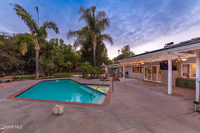 658 Bonwit Place, Simi Valley CA: http://media.crmls.org/mediaz/6B9620B6-9851-4EE3-8427-68AD9113504B.jpg