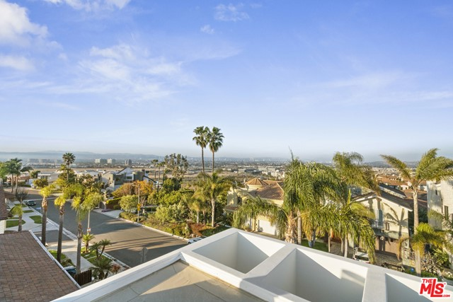 7911 Berger Ave, Playa del Rey, CA 90293 photo 51
