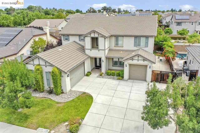 161 Coral Bell Way, Oakley CA: http://media.crmls.org/mediaz/6BEBCB93-7190-4E2B-898A-55C576447E27.jpg
