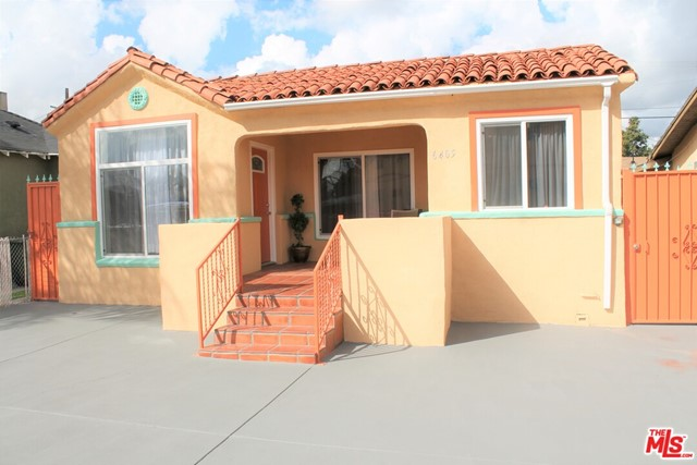 6405 6TH Ave, Los Angeles, CA 90043