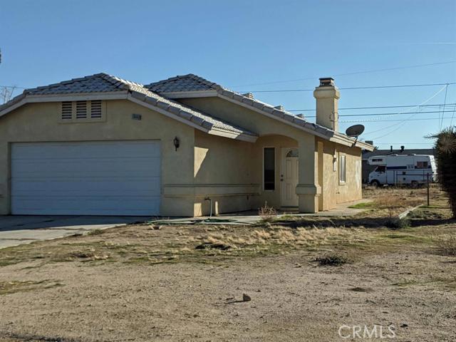 16449 Pine Street Hesperia CA 92345