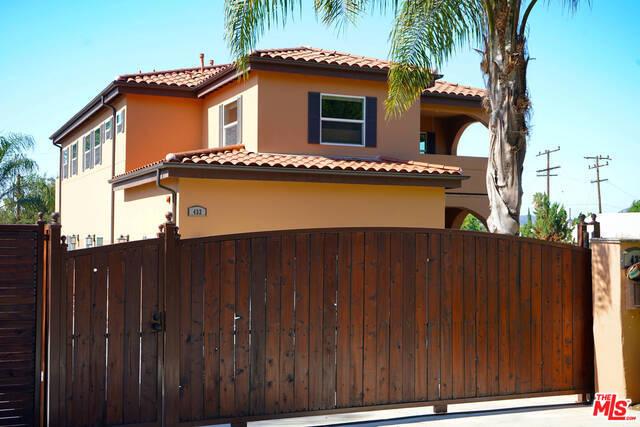 432 E SACRAMENTO Street, Altadena CA: http://media.crmls.org/mediaz/6C1FA79E-E803-436A-9859-86E8AE49A0F3.jpg