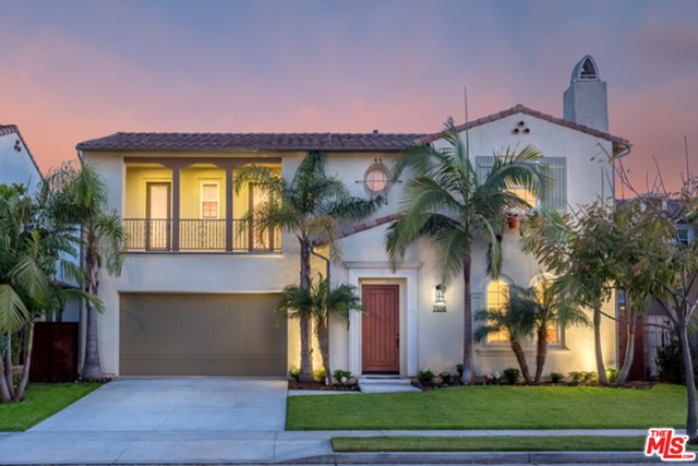 7556 Coastal View Dr, Los Angeles, CA 90045