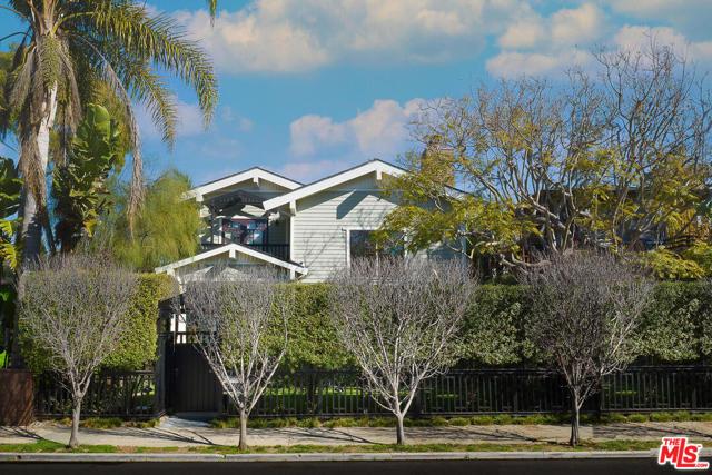 2412 Mckinley Ave, Venice, CA 90291 photo 1