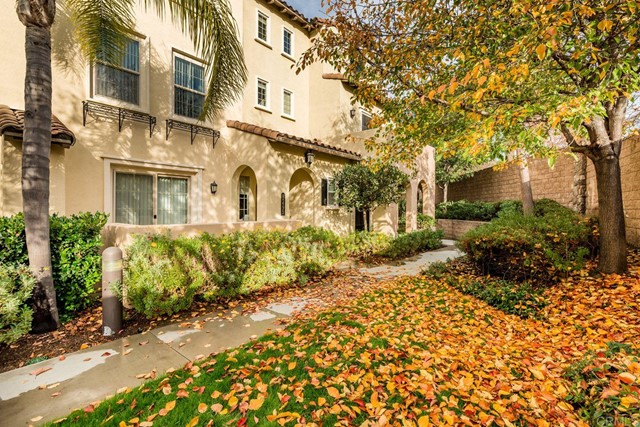 Detail Gallery Image 1 of 1 For 2495 Longstaff Ct, San Marcos,  CA 92078 - 2 Beds | 2/1 Baths