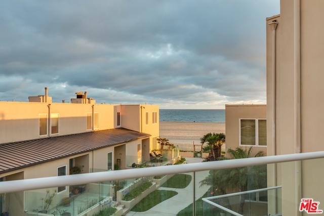 Townhouse for Rent at 7301 Vista Del Mar Playa Del Rey, California 90293 United States