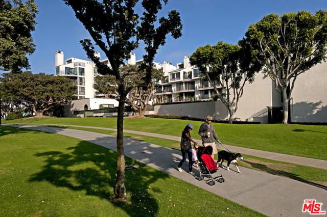 2940 Neilson 205 Santa Monica CA 90405
