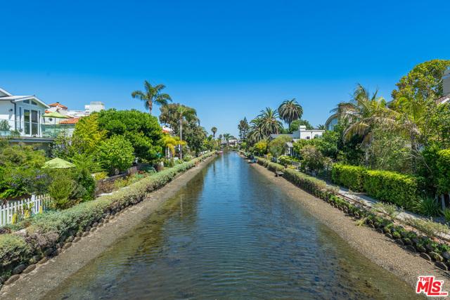 412 Howland Canal, Venice, CA 90291 photo 14