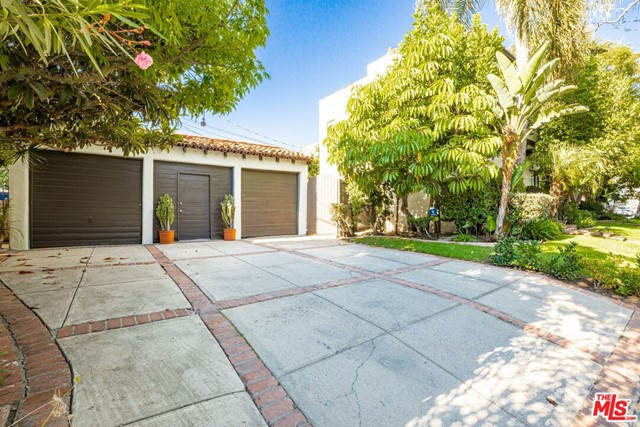 801 N Harper Avenue, Los Angeles CA: http://media.crmls.org/mediaz/6ECA364C-2A0B-4584-8314-5C90BB00C385.jpg