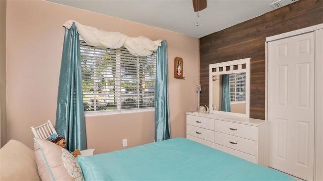1702 Kingston Drive, Escondido CA: http://media.crmls.org/mediaz/6F63244C-7DD4-48DA-9AFA-F596AF6A31A3.jpg