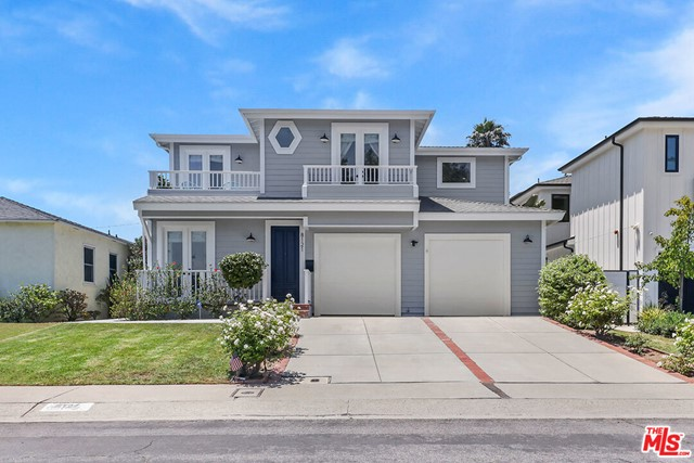 8121 Westlawn Los Angeles CA 90045