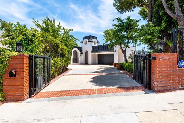 Photo of 14622 Deervale Place, Sherman Oaks, CA 91403