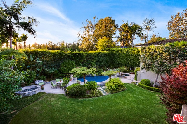 Photo of 1185 CORSICA Drive, Pacific Palisades, CA 90272