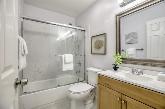 1391 Meadow Ridge Circle, San Jose CA: http://media.crmls.org/mediaz/7047BBF7-B7B8-4F86-9269-6FDA83A943D7.jpg