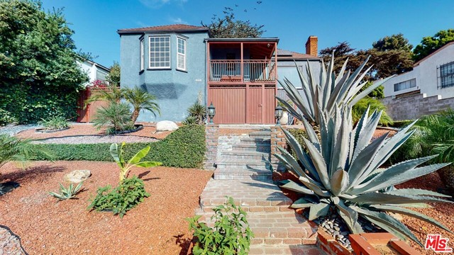 5916 S MANSFIELD Ave, Windsor Hills, CA 90043