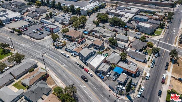 1409 W Olympic Boulevard, Montebello CA: http://media.crmls.org/mediaz/70C37B8C-53CA-4F4B-A40C-608191EF0638.jpg