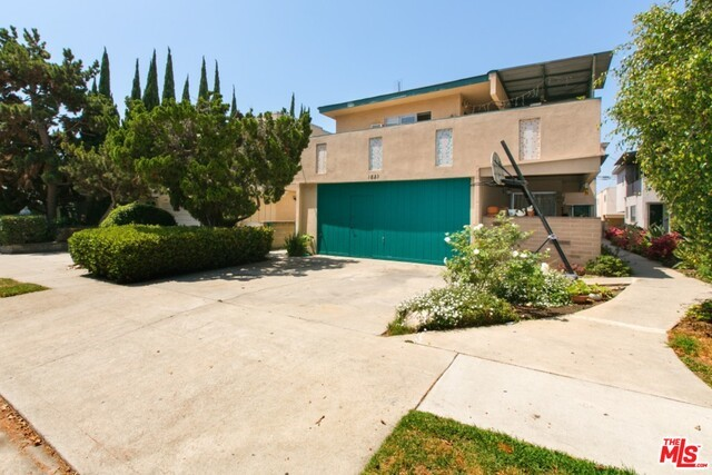 Single Family for Sale at 1823 Colby Avenue Los Angeles, California 90025 United States