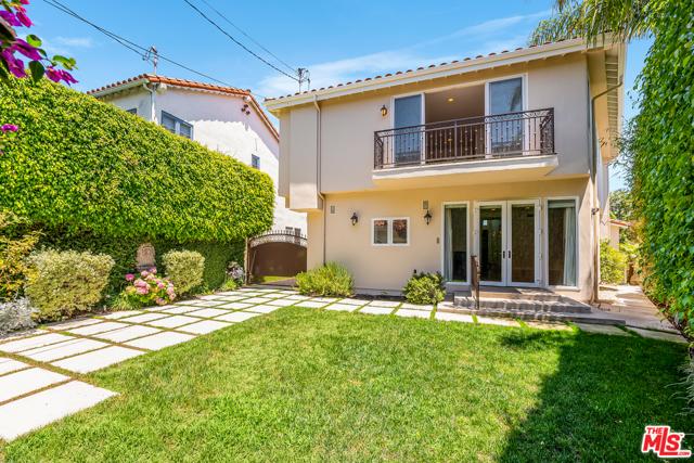 2059 Thayer Avenue, Los Angeles CA: http://media.crmls.org/mediaz/71BF11EC-463A-4D35-948E-8EC71283C26A.jpg