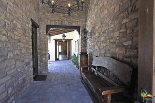 1 MOUNT SAN JACINTO Circle, Rancho Mirage CA: http://media.crmls.org/mediaz/7204B920-C602-4277-A4D6-6806581A1F36.jpg