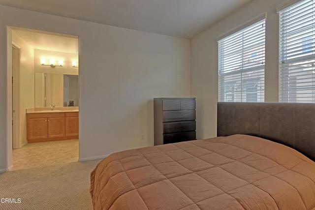 437 Castiano Street, Camarillo CA: http://media.crmls.org/mediaz/721DF896-585D-49DB-AECA-2177649EDACE.jpg