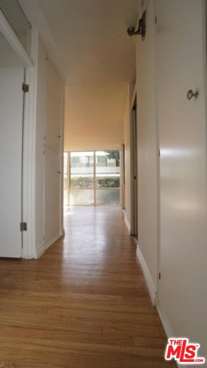 11133 ROSE Avenue, Los Angeles CA: http://media.crmls.org/mediaz/722F39C2-5F6D-438C-A6E8-73E51771F7FD.jpg