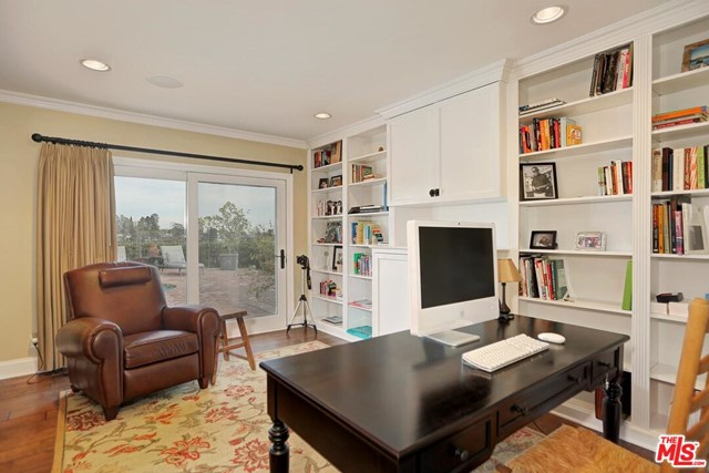 632 Amalfi Dr, Pacific Palisades, CA 90272 photo 11